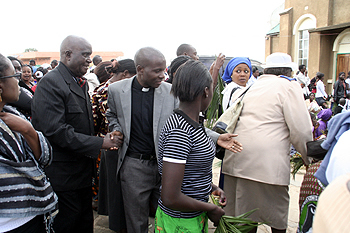 Dr Kenneth kaunda arrive at the RCZ Kabwata church for palm sunday