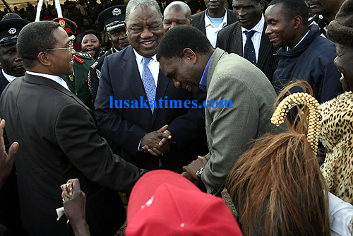 President Rupiah Banda, Tanzanian Jakaya Kikwete and UPND leader Hakainde Hichilema at the Lwiindi Gonde traditional ceremony in Monze.