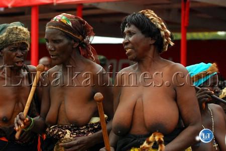 tutsi women