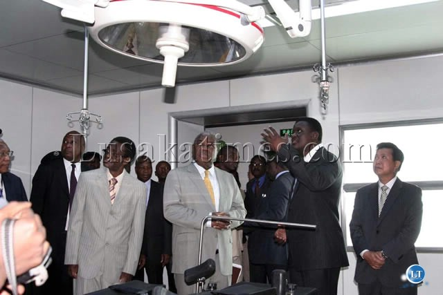 President Banda and his entourage inside the operating theatre of the new Lusaka General Hospital
