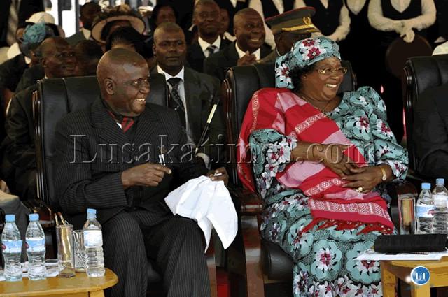 FILE: Former president Kenneth Kaunda and vice president of Malawi Joyce Banda watch the Independence Day celebrations