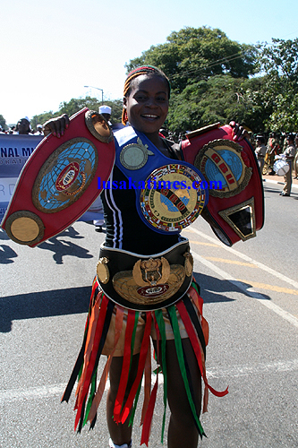Female boxing sensation Esther Phiri shows of