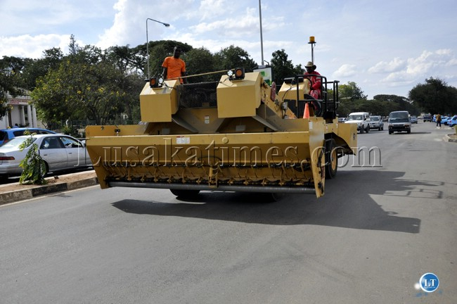 A road paving machine