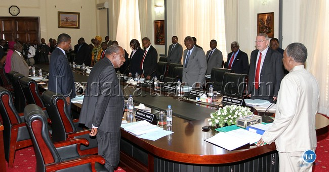 File:President Sata addresses a Cabinet meeting