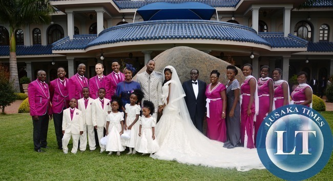 Zambia pictures sata at wedding ceremony of robert mugabes daughter president mugabe and first lady pose for a photo with the bridal party junglespirit Image collections