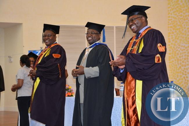 Accountants President Wesley Beebe (r) Tom Thewo Vice President ZICA