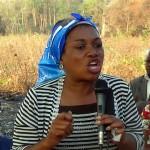 Vitoria Kalima addressing people in Chikungu