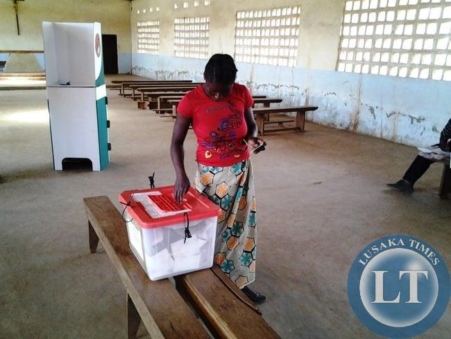 A Kasenengwa electorate captured at Chanyumbu's Chawa Polling Station