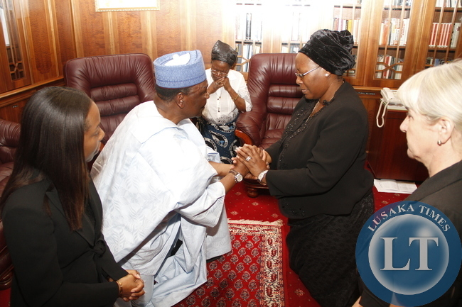 Former president of Nigeria Gen Yakubu Gowan during his visit to First Lady Dr Christine Kaseba at State House on November 10,2014 -Picture by THOMAS NSAMA