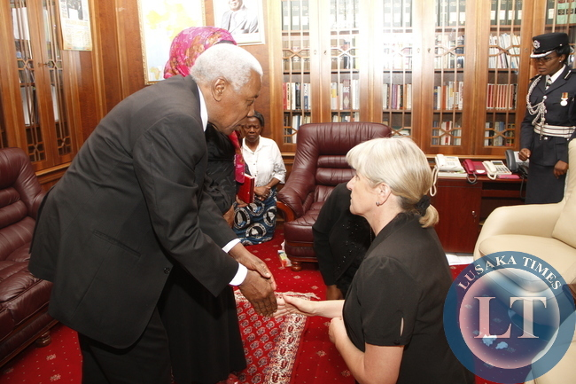 Tanzania Prime minister Ali Mohamed Ghaib Bilal during his visit to First Lady Dr Christine Kaseba at State House on November 10,2014 -Picture by THOMAS NSAMA