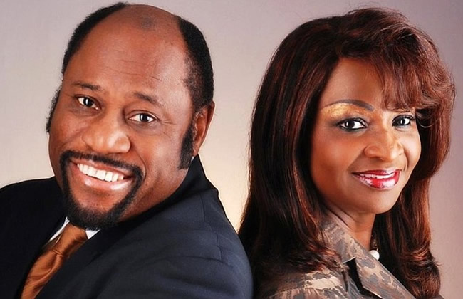 Dr. Myles Munroe along with wife and daughter killed In Bahamas plane crash