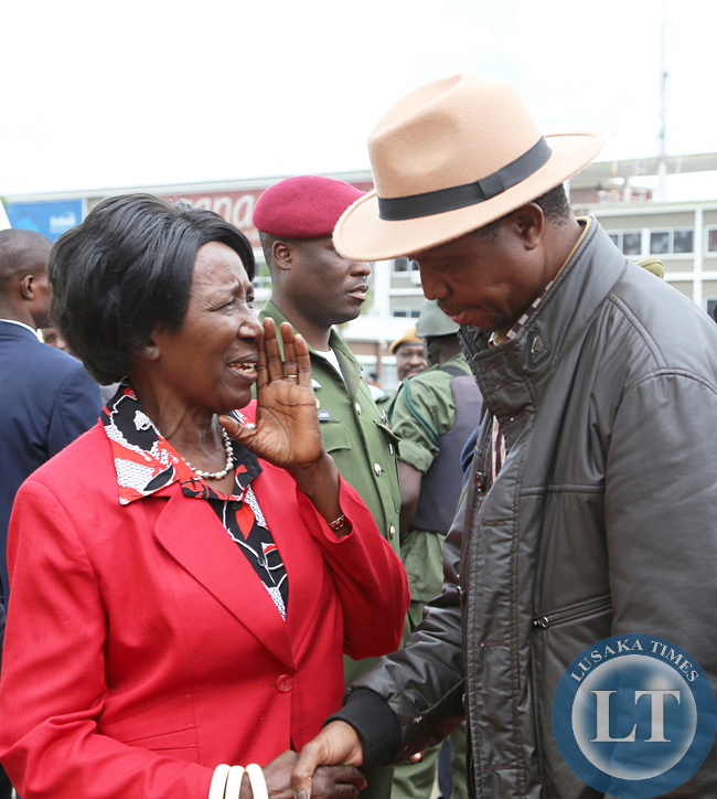 President Edgah Lungu talks to Vice President Mrs Inonge Wina at KK internatioanl airport in Lusaka Before he left for working Holiday in Mfuwe on 04-01-2015 PICTURE BY EDDIE MWANALEZA/STATEHOUSE.