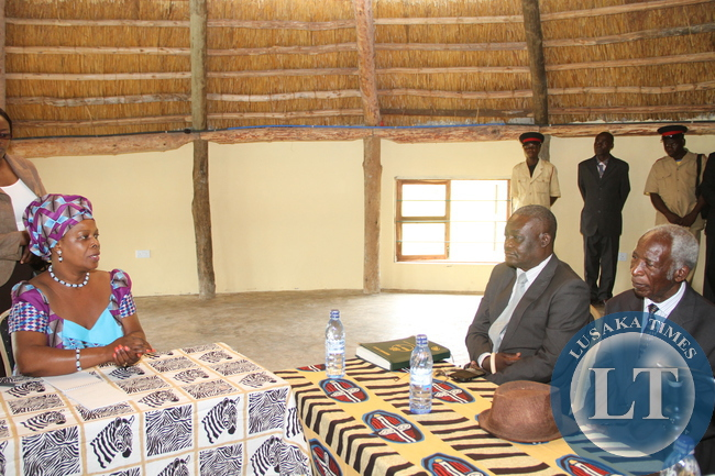 First Lady Esther Lungu  during a meeting with Senior Chief Nsokolo and Chief Nondo (r)  at  Lake Chila Lodge where the two traditional leaders  paid a courtesy call on her on March 1,2015.