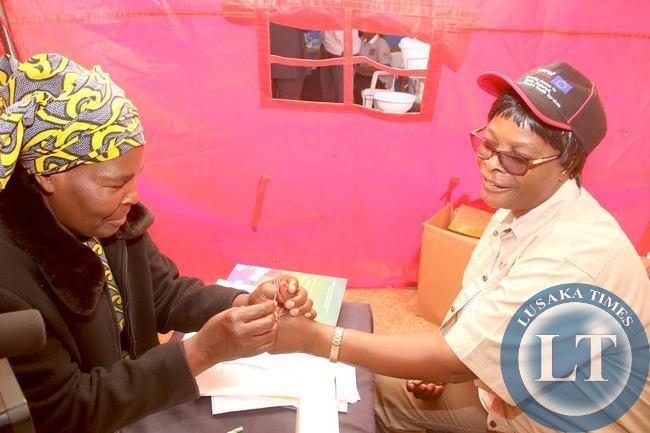 First Lad Esther Lungu actualises her Sensitisation on VCT by Taking an HIV test during Commemoration of the International VCT day in Lusaka on June 30,2015 -Picture by THOMAS NSAMA