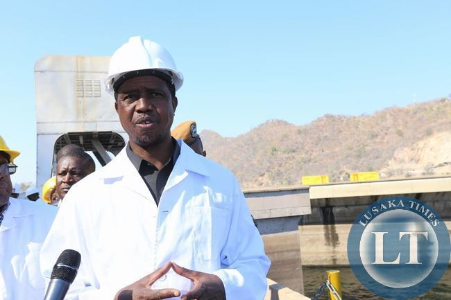 President Lungu briefs the press at kariba dam wall