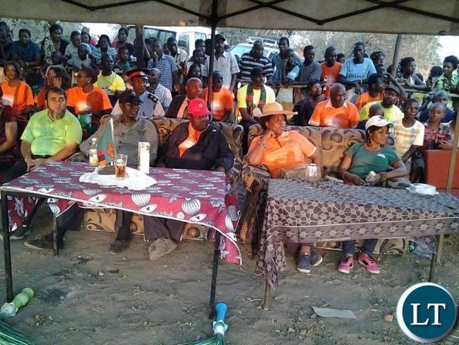Officials at the Mfuwe  Kavulamungu Bargain Centre sports tournament