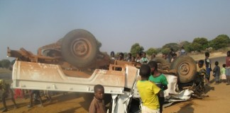 An unidentified driver of this Toyota Land Cruiser registration number BAA 3426 escaped unhurt after the vehicle he was driving overturned at Katunda junction on the Kaoma-Mongu road. This was after a truck which was ahead of him made an abrupt turn as he was attempting to overtake it