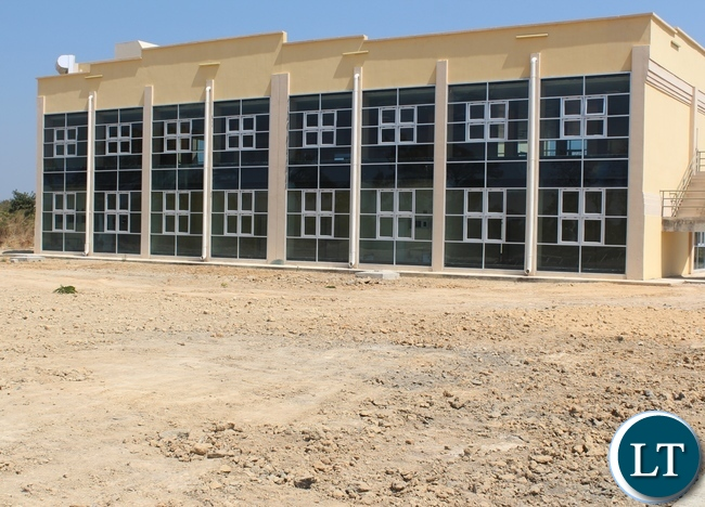 Robert Makasa University in Chinsali showing latest works: Completed Library