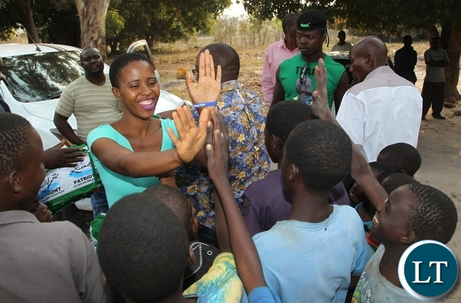 President Lungu's daughter, Tasila mingles with children of Nkole Mfumu Chiefdom in Kasama when she visited the area.