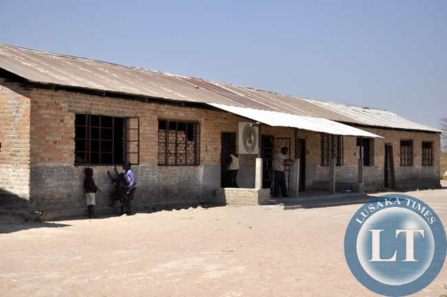 This is a classroom block Mulala Basic School. The school was built in 1936 and now needs infrastructure upgrade. Lack of teachers is also a major problem that contributes to school drop-outs