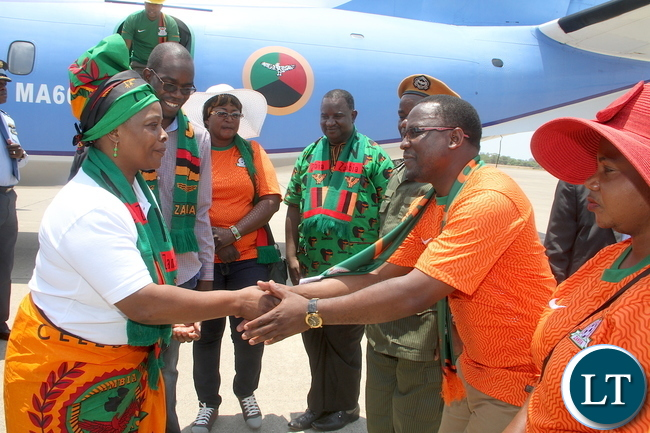 First Lady Esther Lungu being welcomed by Kitwe district Commissioner Chanda Kabwe on arrival at Simon Mwansa Kapwepwe for Zambia verses Sudan match on Sunday, November 15,2015 -Picture by THOMAS NSAMA
