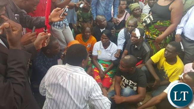 Mr Hichilema addressing UPND supporters who were injured in Kitwe