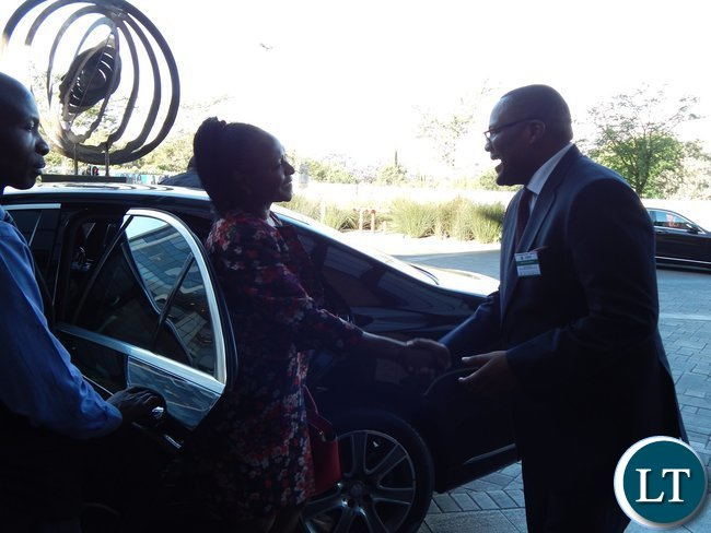 Mr. Emmanuel Mwamba welcomes Zambia's Minister of Commerce, Trade and Industry, Mrs. Margaret Mwanakatwe when she arrived at the launch of the Zambia-South Africa Business Council in Johannesburg