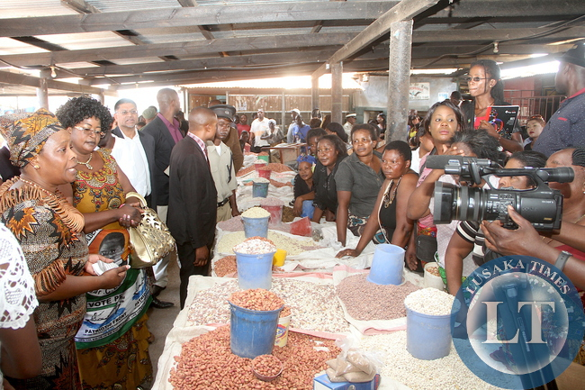 First Lady Esther Lungu at Chiwempala market where she addressed Women on Monday, Decemmber 7,2015. The First Lady is in Chingola to check and witness various projects that are being undertaken by various stakeholders and those that are undertaken by Konkola Copper Mine (KCM) under Corporate Social responsibility -Picture by THOMAS NSAMA