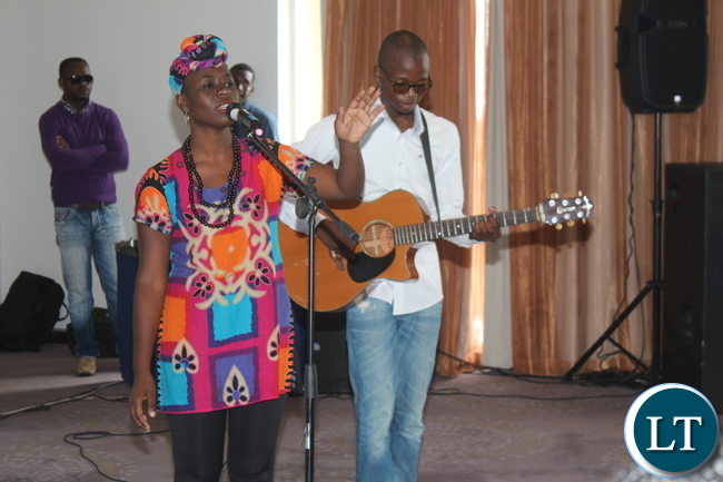 Upcoming songbird Wezi Mhone graced the occasion.