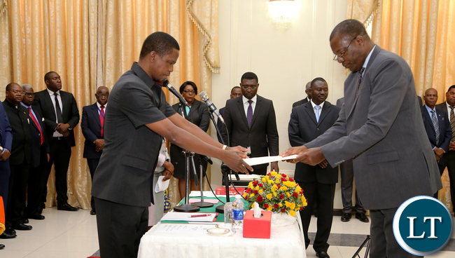 President Edgar Lungu swears  in  Justice Jones Chinyama Chairperson Industrial  relations Court After  at Statehouse  Ceremony on Thursady 7th January 2016. Picture by Eddie Mwanaleza/Statehouse