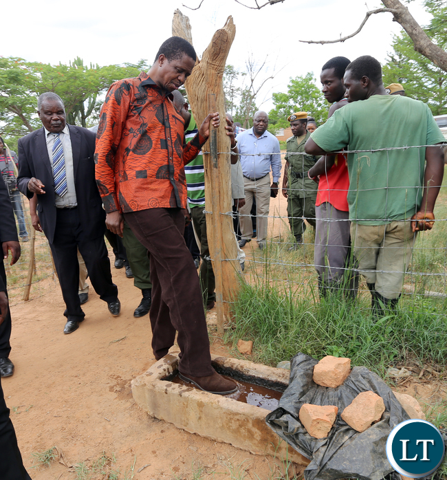 President Edgar Lungu tour with Chief Macha farm his Choma in on Wednesday 20-1-2016- Picture By Eddie Mwanaleza/Statehouse.