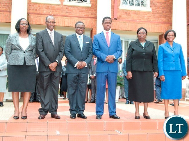 President Edgar Lungu take Photo with Constitutional Court President and Judges (2nr) Constitutional Court President justice Hildah Chibomba, (r) Constitutional Court Judge Justice Mulenga Mugeni, (from left) Constitutional Court Judge Justice Mwewe Anne Sitali (l) Constitutional Court Judge Justice Enock Mulembe, and Constitutional Court Judge Palan Mulonda shortly after swearing in Ceremony of Constitutional Court Judges at State House