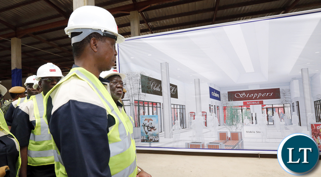 President Edgar Lungu Tour NAPSA Freedom park mall Under Construction In Kitwe- Picture By Eddie Mwanaleza/Statehouse.