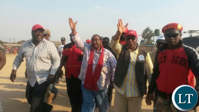 GBM AND NEVERS ARRIVING AT TWAPIA RALLY