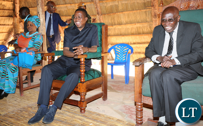 President Edgar Lungu Chats with Mwine lubemba at the Palace in Mungwi