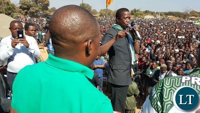 President Lungu points at Kalusha Bwalya during the  rally