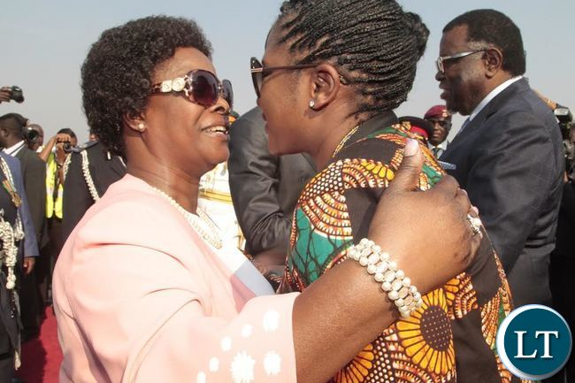 The First Lady of Zambia,Ester Lungu welcomes her counterpart of Namibia, Geingob arrival at Kenneth Kaunda International Airport.
