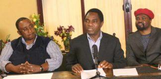 HH flanked by Mr Mwamba and Dr Banda