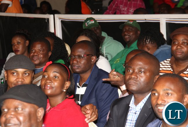 Zambia President special assistant to the press Amos Chanda watching the fight.