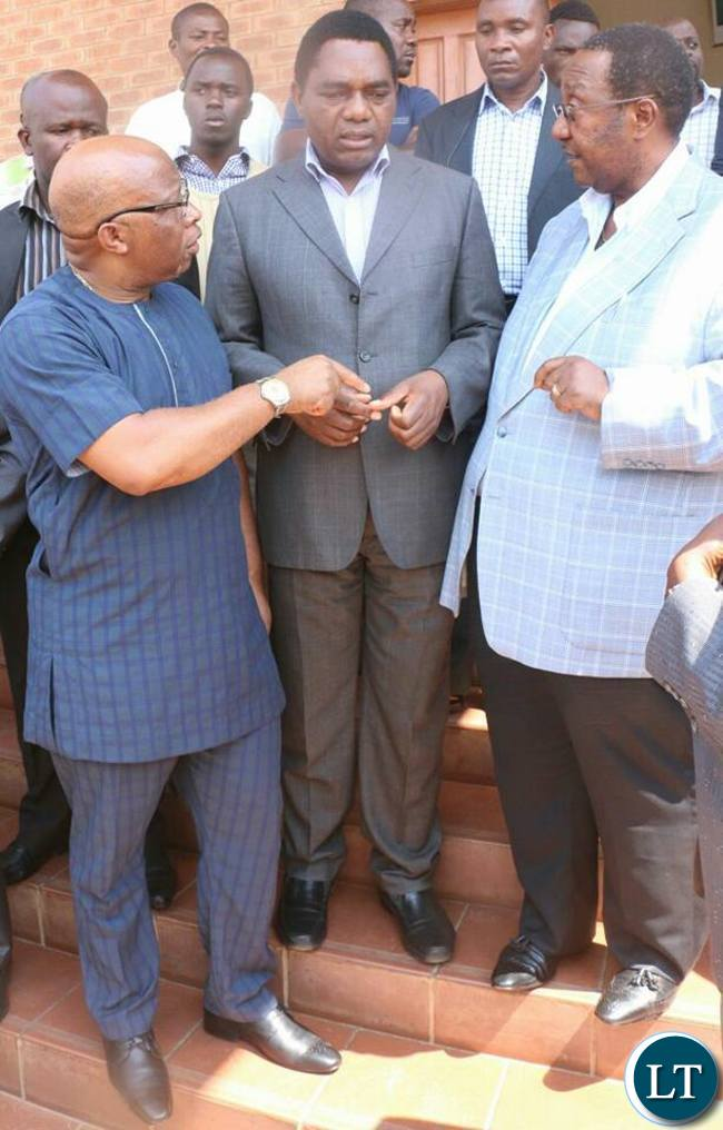 Nevers Mumba, HH and GBM at Magistrate Court entrance in Lusaka