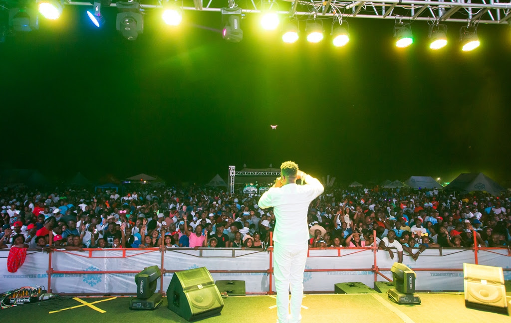 Petersen live on stage at the R&G Oktoberfest sponsored by Castle Lite.