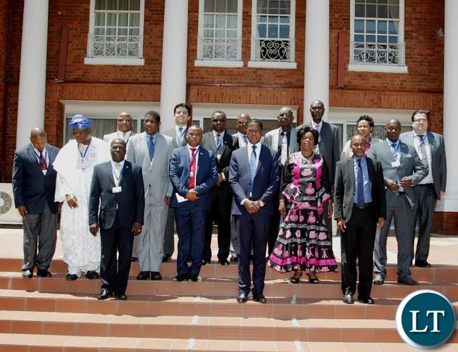 President Edgar Lungu poses for a group photo with delegates of the African Union for Peace and Security Council Retreat on practical steps to silence the guns in Africa by 2020 after having a meeting with them at State House