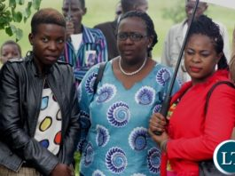 Mutende Wina (c) daughter to Vice President Inonge Mutukwa Wina after the wreath laying ceremony during the memorial service of her late grandfather Mr. Simwinji Mutukwa in Sibumbu Village in Nalolo District, Western Province