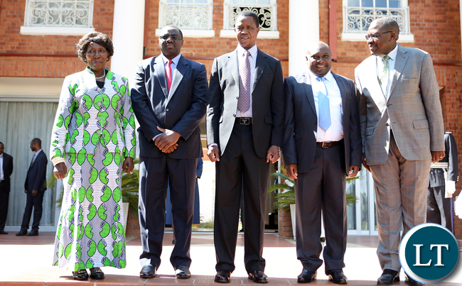 president-edgar-lungu-with-vice-president-mrs-inonge-wina-and-mr-jabbin-longa-mulwanda-ps-health-technical-servies-and-mr-john-moyo-ps-health-administration-7599