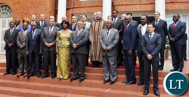 President Lungu family Picture with Morocco King at State House in Lusaka