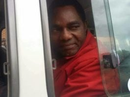 Hakainde Hichilema as he was being transported to Chimbokaila Correctional Centre