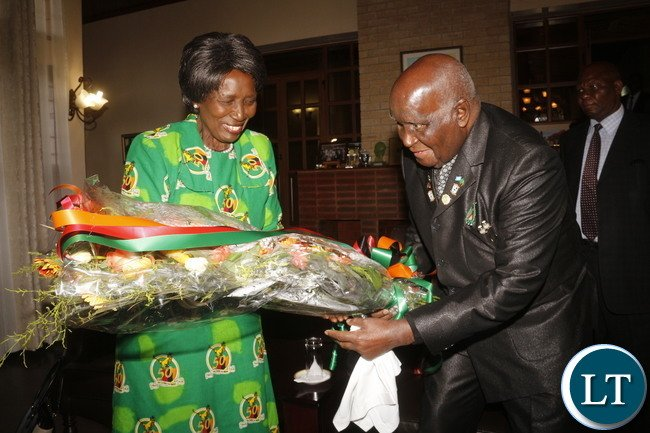Zambia VEEP Inonge Mukuta Wina pays a courtesy visit to Zambia 1st President Kenneth Kaunda on his 93rd birthday at his home in State Lodge area.