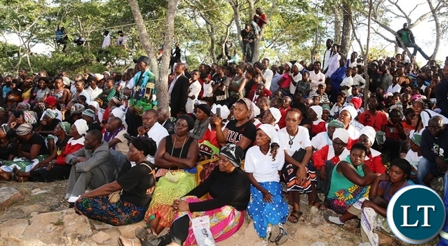 Part of the mourners that turned out to mourn the late former freedom fighter mama Salome Kapwepwe following the proceedings of the burial activities in chinsali district. Picture by SUNDAY BWALYA / ZANIS.