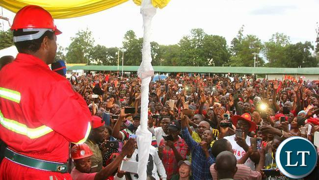 HH addressing supporters at the UPND Kitwe Card renewal exercise