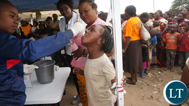 Cholera vaccine being administered to Kanyama Residents